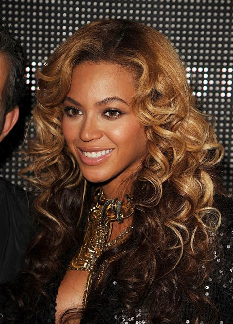 Beyonce Knowles - Beyonce Knowles Photos - The Launch Of