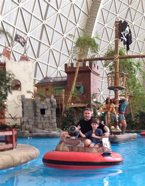 The Zubek Family Journey: New Year's Eve, Tropical Island