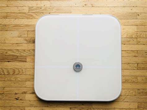 Huawei Body Fat Scale AH100 Review - Fitness Gadgets
