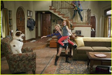 G Hannelius: New 'Dog With A Blog' Tonight! | Photo 576744