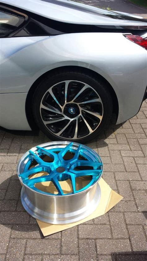BMW i8 Gets New Wheels from 6Sixty - autoevolution