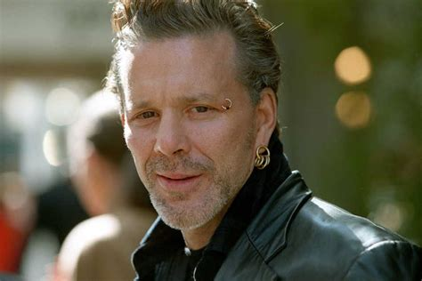 """Mickey Rourke — """"The Thin Red Line"""" 