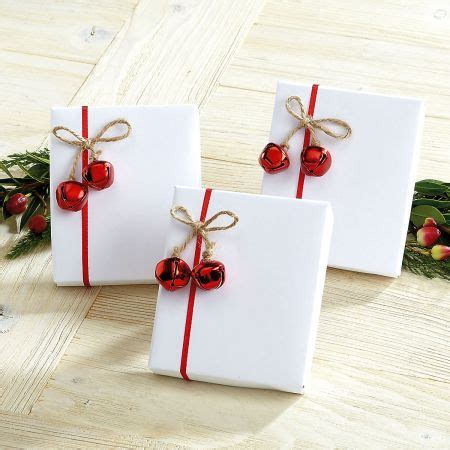 Rustic Christmas Wrapping Ideas & Giveaway · All Things