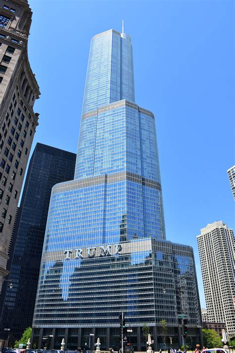 Trump International Hotel and Tower (Chicago) – Wikipedia
