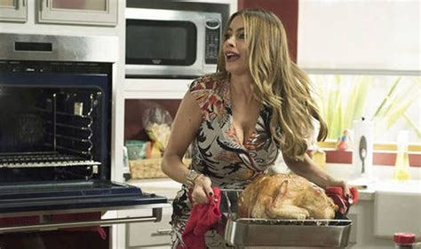 Modern Family's Sofia Vergara flashes MAJOR cleavage in
